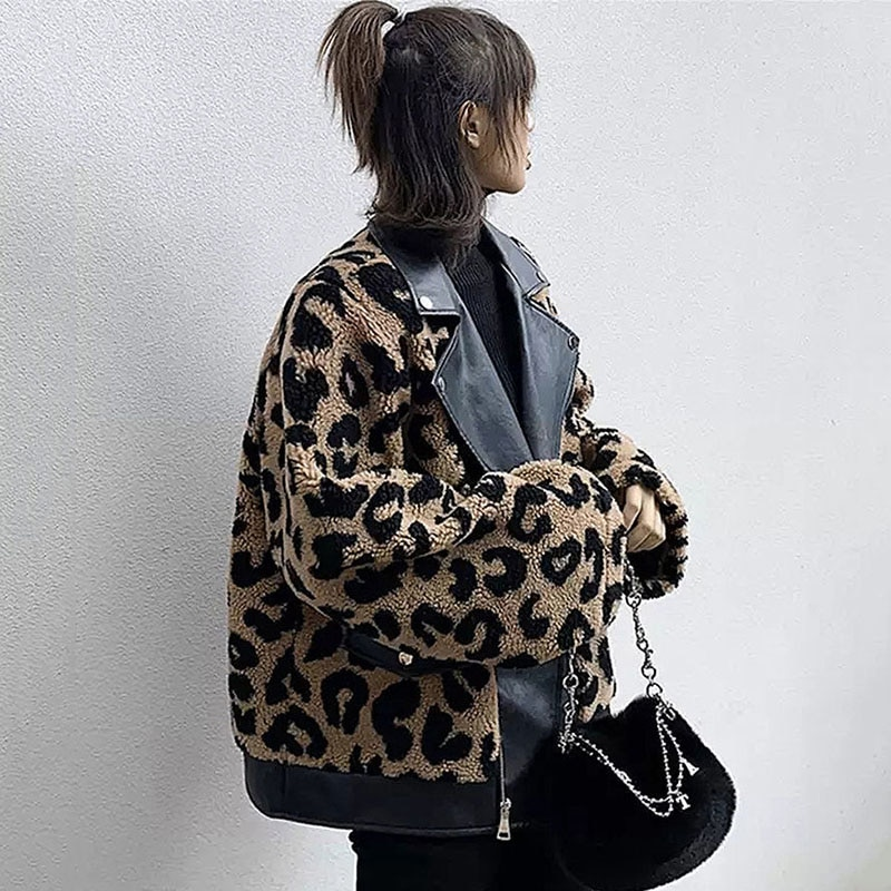 2021 net red motorcycle thickened leopard print jacket female autumn and winter leather collar lamb wool stitching jacket coat enlarge