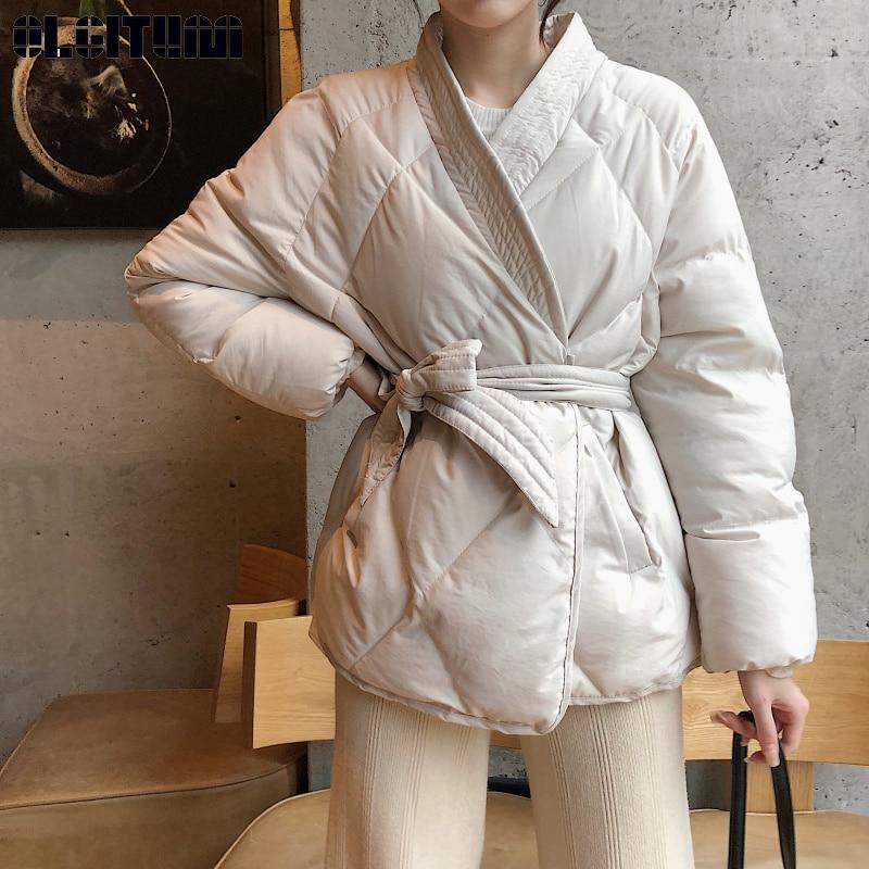 Nueva moda 2020 las mujeres de invierno de Bata con fajas de mujer de alta calidad con cuello en V de algodón a cuadros de acolchado prendas de vestir de las mujeres elegante Beige Kha