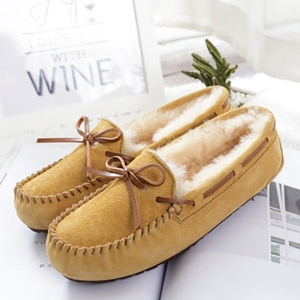 New 100% Genuine Leather Thick Plush Women Flat Shoes New Fashion Women Moccasins Casual Loafers Plus Size Winter shoes