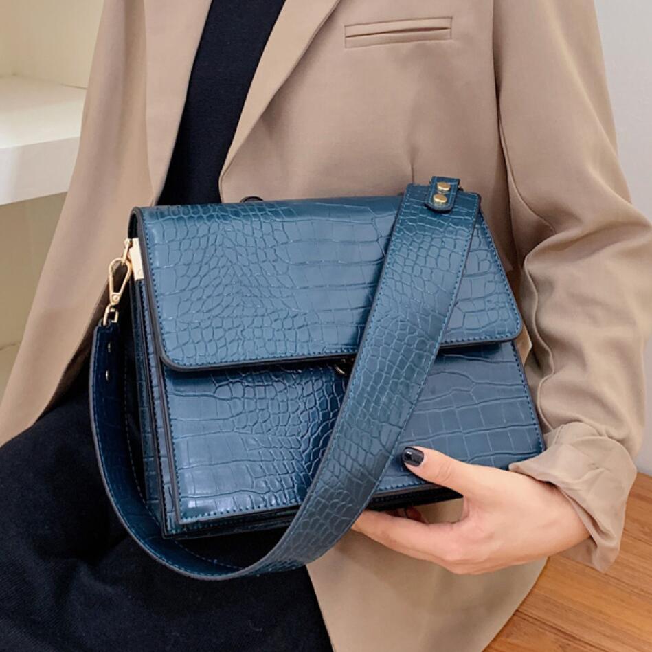 Luxury Brand Female Tote bag 2021 Fashion New Quality Leather Women's Designer Handbag Crocodile pattern Shoulder Messenger Bag