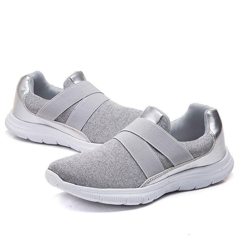Sapatos femininos respiráveis de pouco peso da forma das senhoras único sapatos planos de meia-idade mãe sapatos de malha sapatos de caminhada velhos