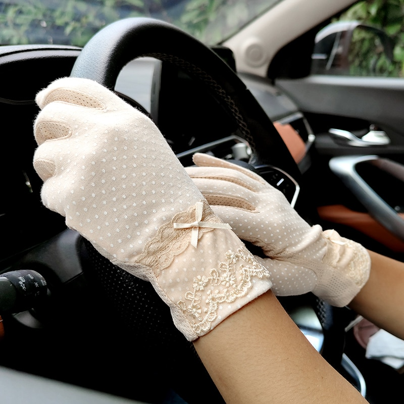 New Fashion Womens Spring Summer Non-slip Lace Finger Gloves Wholesale Outdoor Touch Screen Driving