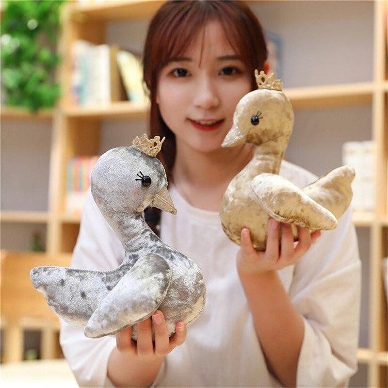 Exquisita corona de cisne muñeca de peluche de juguete colorido hipopótamo muñeca de trapo pareja un regalo de boda