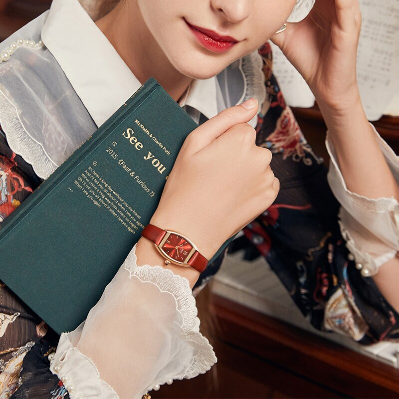 Aiwochi Swiss watch female student simple red watch waterproof retro art wine barrel watch niche female watch authentic enlarge