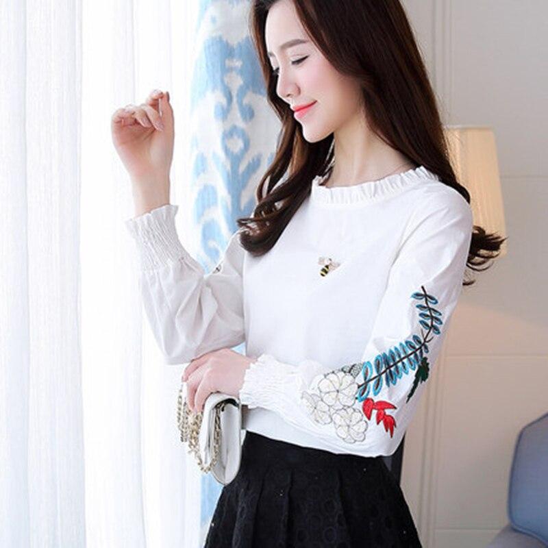 Flower Woman Tops fashion Spring Embroidery Tees 2020 Nnw O-Neck Lantern Sleeve T-Shirt honeybee Corsage ThSirts Female HF132