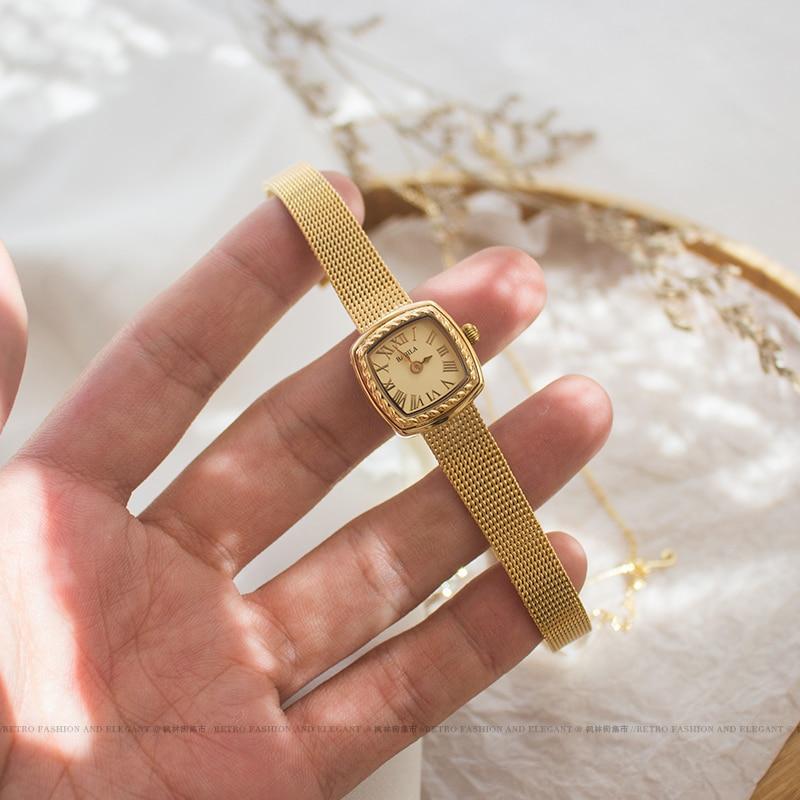2021 new women's watch square dial gold watch Valentine's Gift Retro dial luxury temperament little women's watch quartz enlarge
