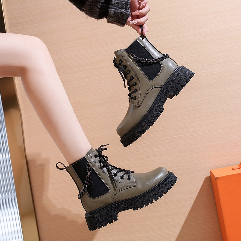 Autumn Winter Fashion  Martin Boots Tooling Locomotive Shoes Warm Soft Leather Women Ankle Boots High-top Platform Shoes women autumn winter fashion pu ankle martin flat boots waterproof lace shoes patent leather block thick high heel