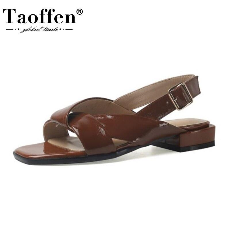 Taoffen النساء الصنادل الجلدية الحقيقية الأحذية مشبك حزام كعب مربع بلون خمر الصيف أحذية نسائية عادية حجم 34-43