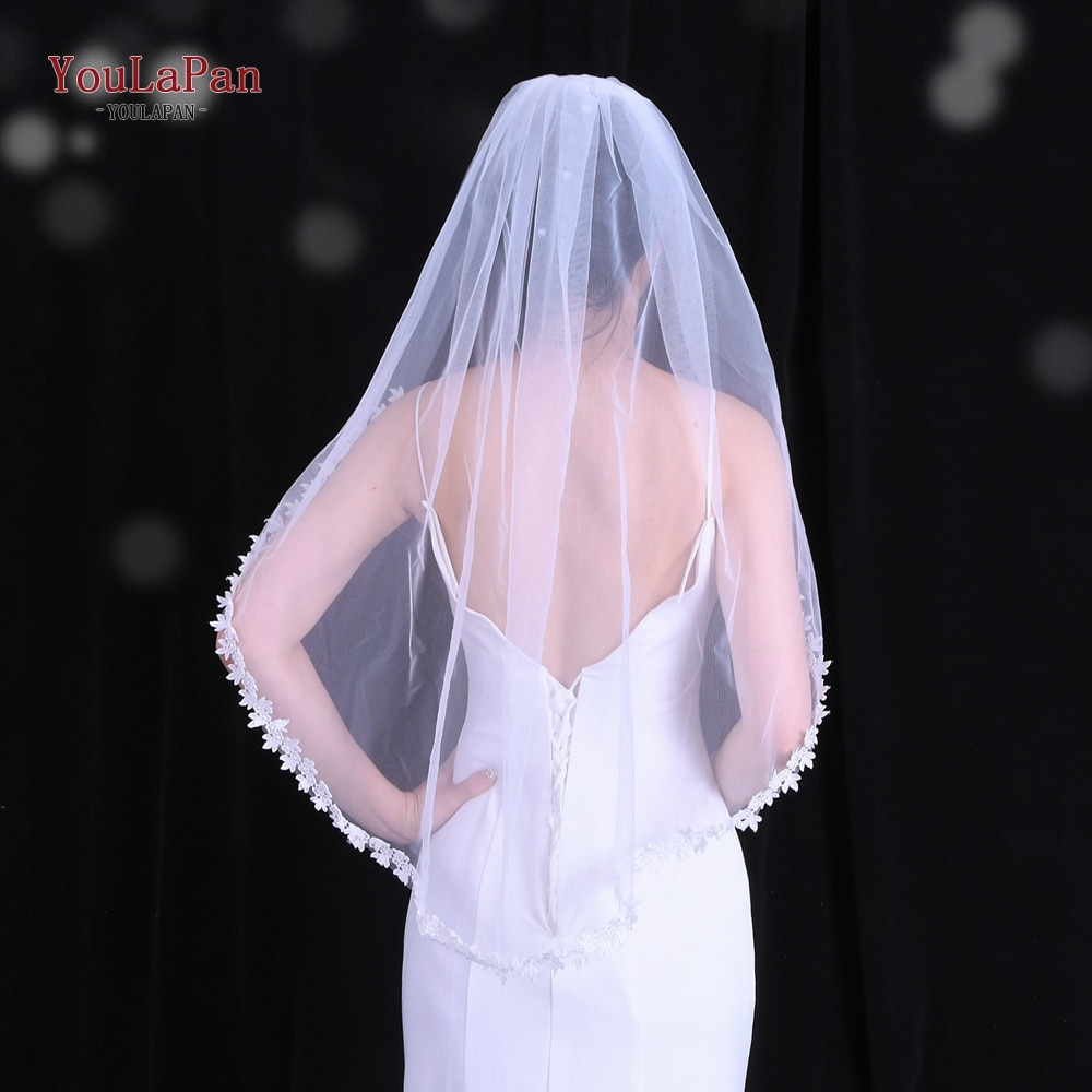 Youlapan V53 Short Lace Applique Bride Veil Wedding Veil with Lace Flowers  Elbow Length Bridal Veil with Hair Comb Elbow Length fingertip veil with small flowers