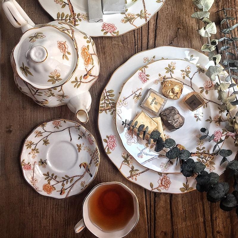 البريطانية بعد الظهر الشاي العظام الصين طقم فناجين قهوة فاخرة بنوم بنه طقم شاي إبريق شاي من البورسيلين وعاء السكر فنجان القهوة هدايا الزفاف