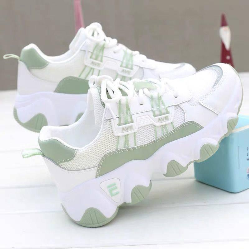 Women Sport Shoes 2021 New Fashion Platform Sneakers Casual Mesh Vulcanize Zapatillas Mujer Size 35-40