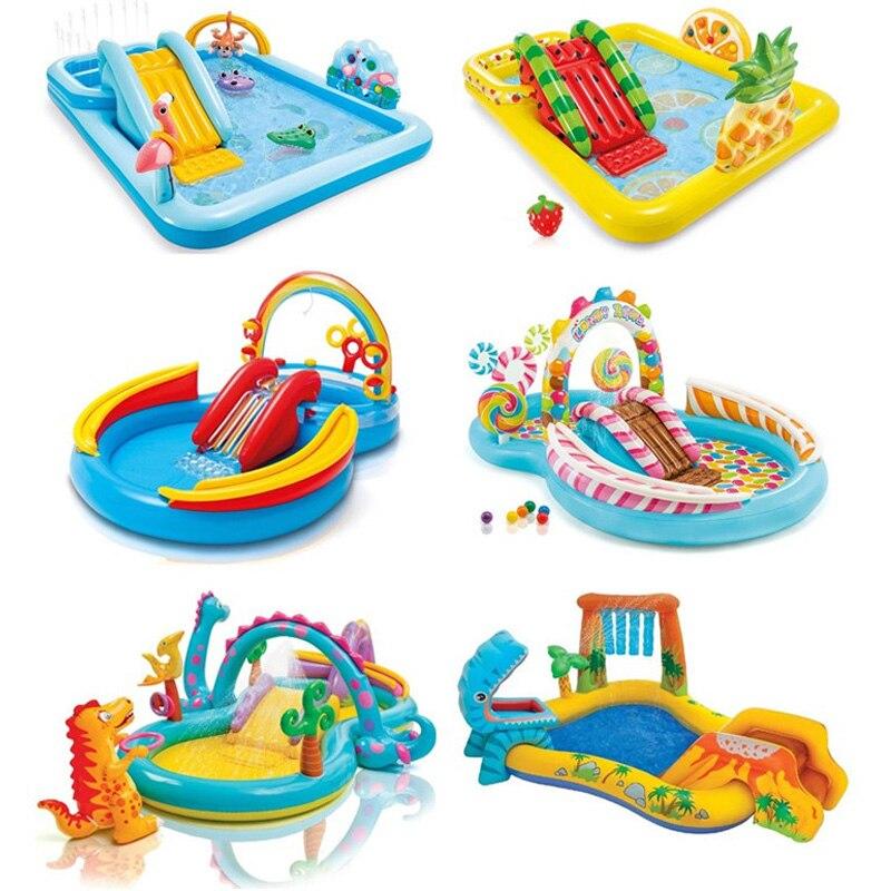 أنماط مختلفة من الأسرة في الهواء الطلق المحمولة مقاومة للاهتراء الكرتون حمام نافورة الماء مع الشريحة حمام سباحة للأطفال الحيوان