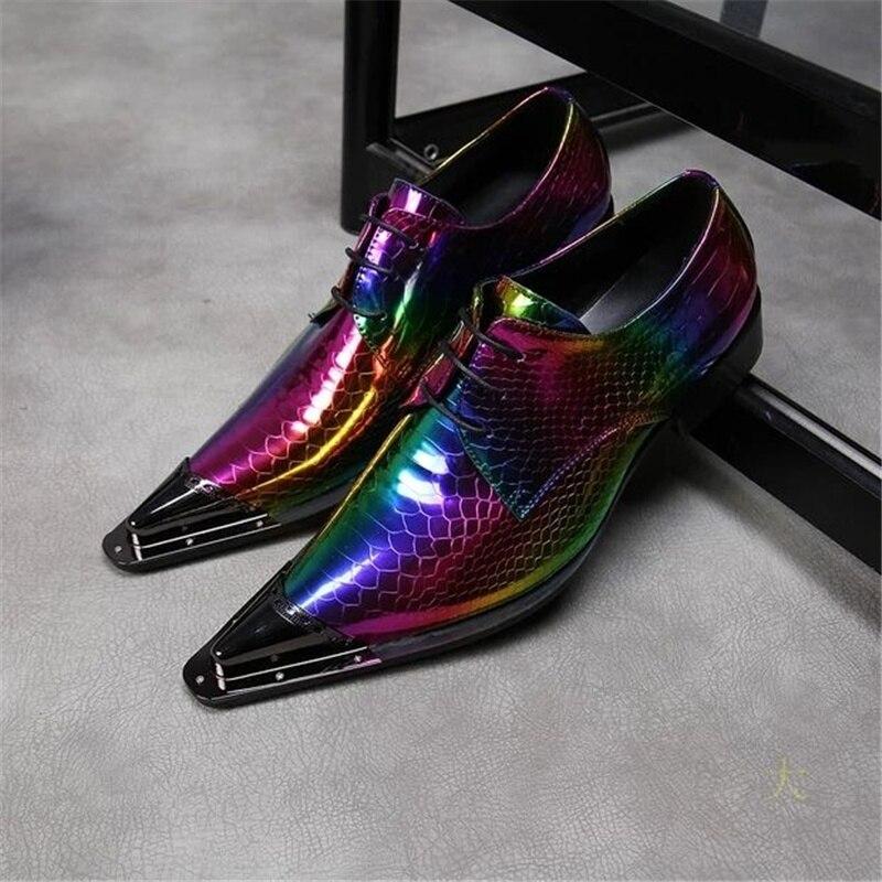 الدانتيل يصل أكسفورد أحذية الرجال جلد طبيعي مختلط الألوان أحذية الزفاف أشار تو المعادن أحذية الحفلات وسيم الرسمي الرجال دعوى الأحذية