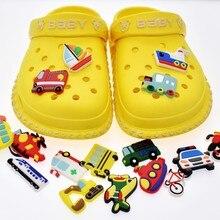 Pantofole da foro fai-da-te accessori per scarpe per Designer accessori decorazione croc Cartoon trasporto scarpe da giardino decorazione adatta regalo per bambini