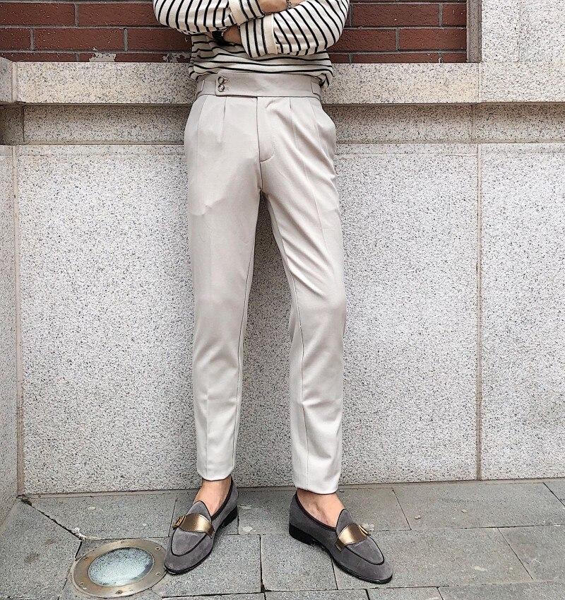 Pantalones casuales versátiles de lujo pantalones de moda de Color sólido 2020 diseño de hebilla británica de París pantalones de cintura alta para hombres luz exquisita