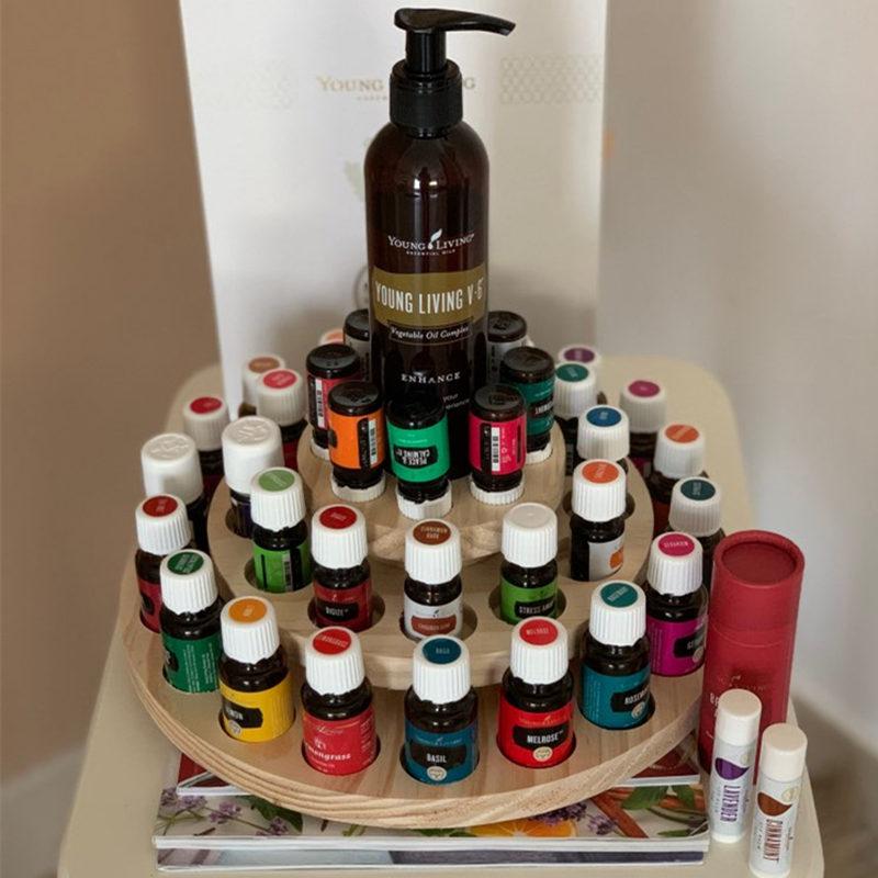 صندوق تخزين للزيت العطري ، صندوق خشبي دائري مع 39 فتحة ، حامل عرض خشبي صلب ثلاثي الطبقات للعلاج بالروائح