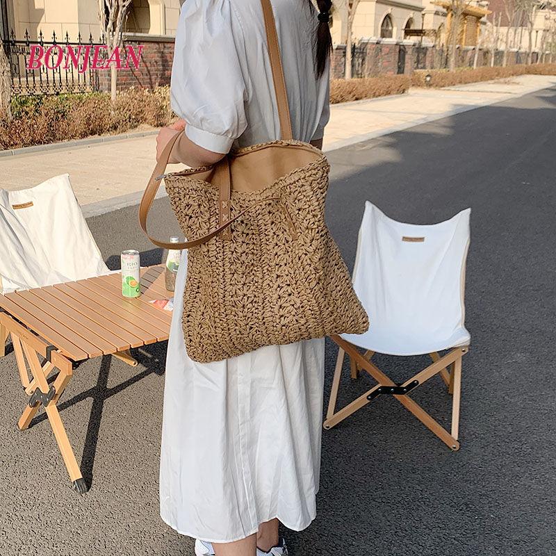 Female Weave Tote Bag 2021 Fashion Beach Bags Bohemian Womens Design Handbag Summer Saddle Casual Straw Travel