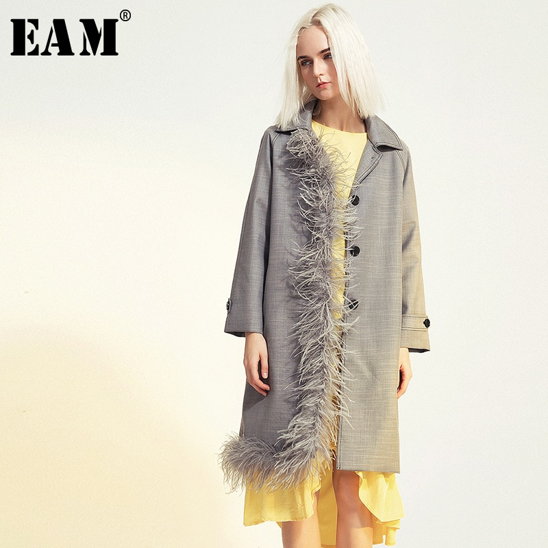 [EAM] Women Feather Spliced Asymmetric Trench New Lapel Long Sleeve Loose Fit Windbreaker Fashion Tide Spring Autumn 2020 1B098