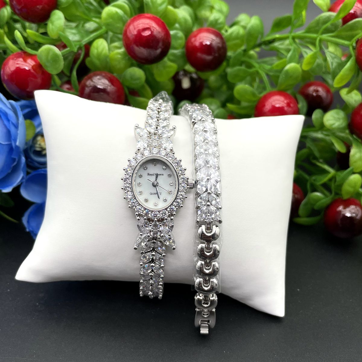 Herhome  Qualtiy AAA Zircon Elements Leaf Austrian Crystal Bracelet Watch for Wedding Party Fashion Jewelry Made with Wholesale enlarge