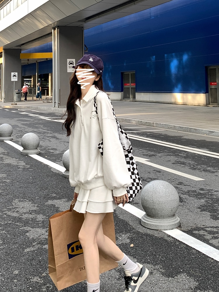 Oversized Hoodies College Style Polo Collar Sweater Women's Suit Half Skirt Two-piece Set New in Aut