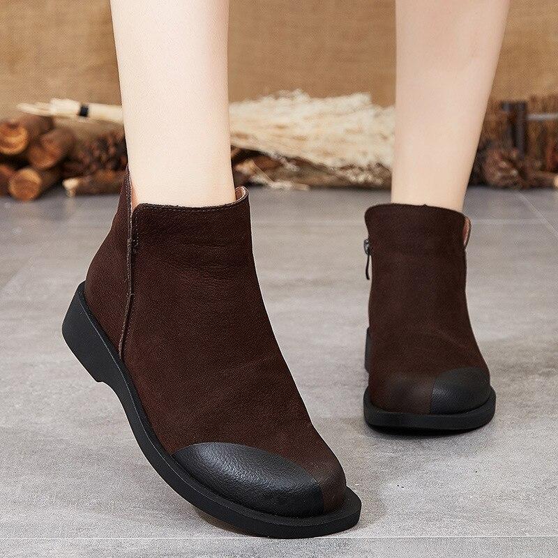 موضة النساء الأحذية الجلدية الساخن النساء حذاء من الجلد الشتاء حذاء مسطح تنفس للنساء 2021 الشتاء الاحذية