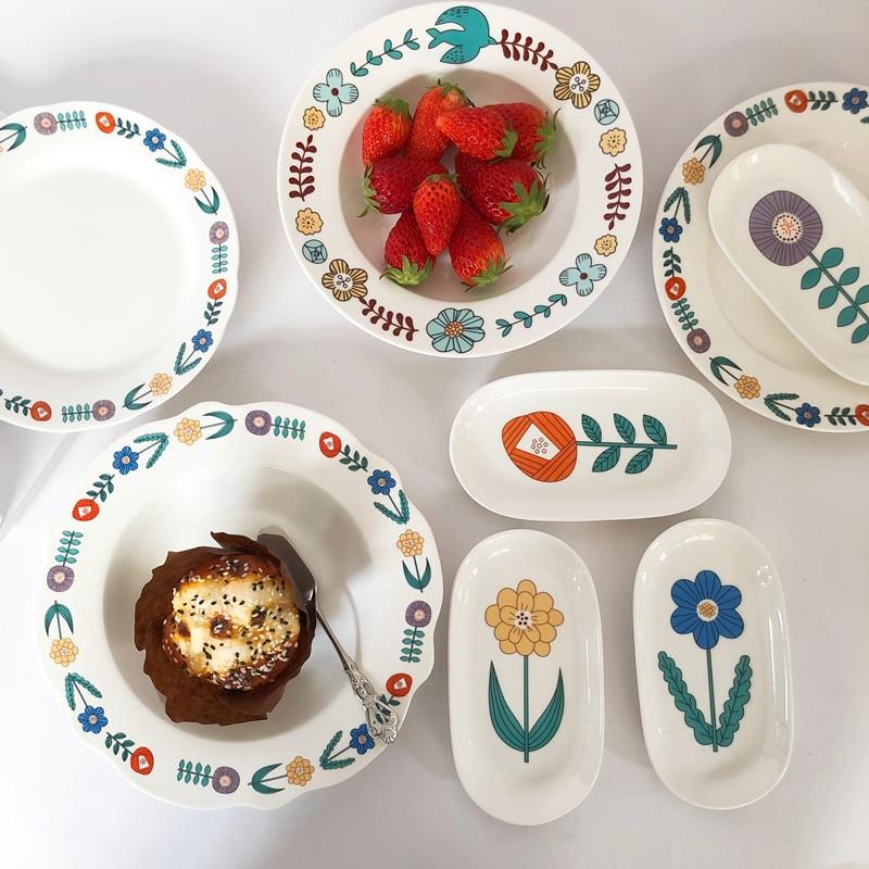 1 قطعة السيراميك لوحة زهرة الطيور نمط الإفطار لوحة مصمم الأوروبية بسيطة المنزلية الصغيرة شريحة لحم لوحة الحلوى هدية