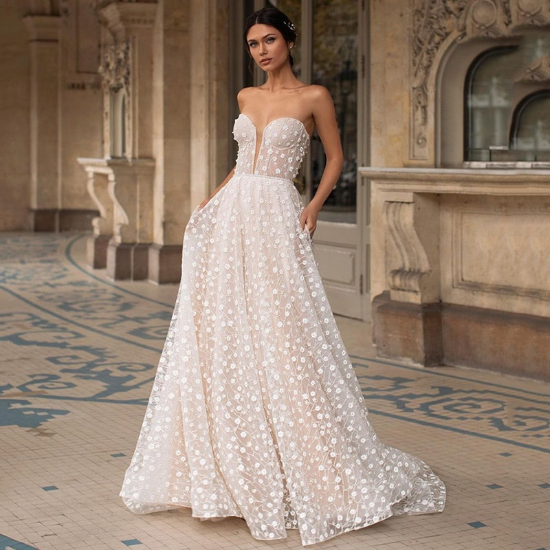 Champagne Lace Wedding Dresses Sweetheart Low Back Beach Bride Dress 2021 Sweep Train A Line Vintage Wedding Gowns Casamento
