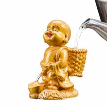 XMT-HOME nouveau thé décoloré pour animaux de compagnie pipi décoratif petit moine buddhas figures accessoires de cérémonie de thé