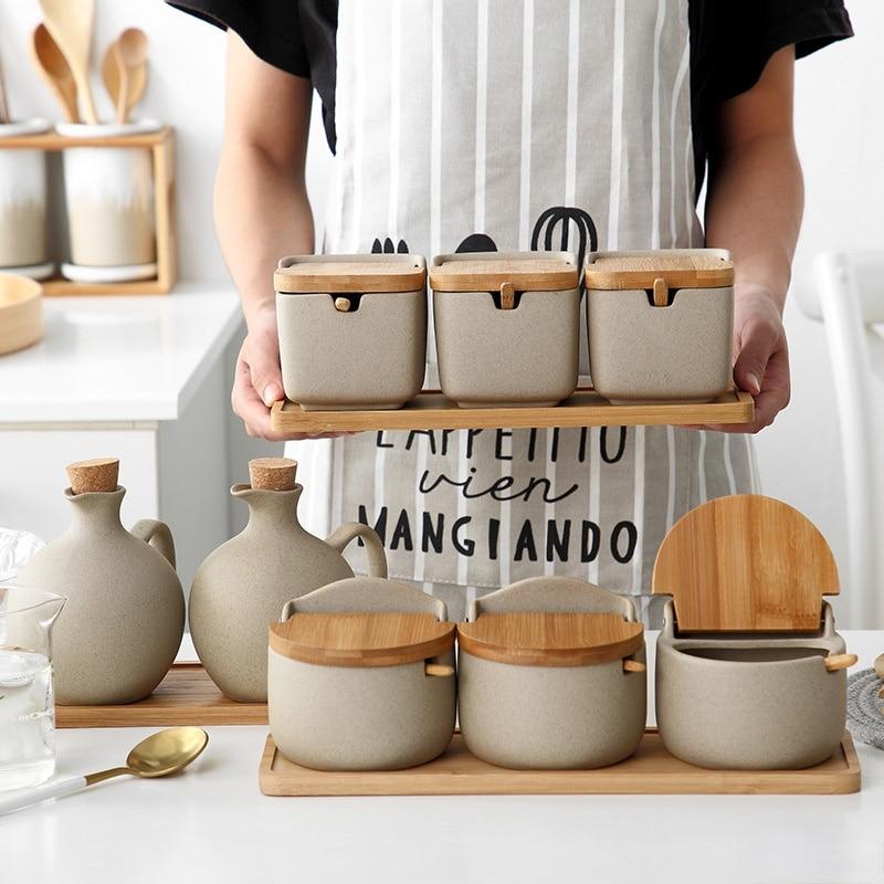 النمط الياباني صدفي السيراميك التوابل جرة المطبخ الملح السكر الغلوتامات أحادية الصوديوم صندوق توابل جرة لوازم المطبخ