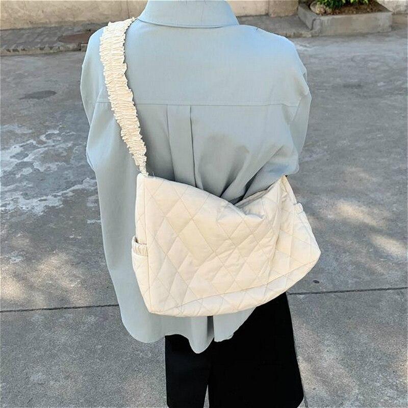 Lace Pleated Shoulder Strap Women Underarm Bag Large Capacity Fashion Ladies Messenger Bags Elegant Female Casual Tote Handbags