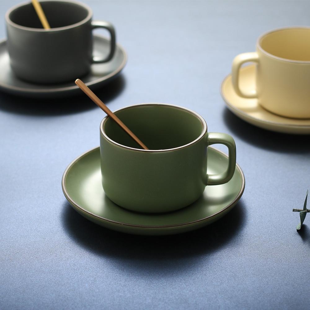 الشمال أكواب قهوة من السيراميك مجموعة مع طبق ملعقة مقهى الشاي الإفطار الحليب أكواب مكتب ضوء الفاخرة أكواب القهوة أصدقاء الموظفين الهدايا