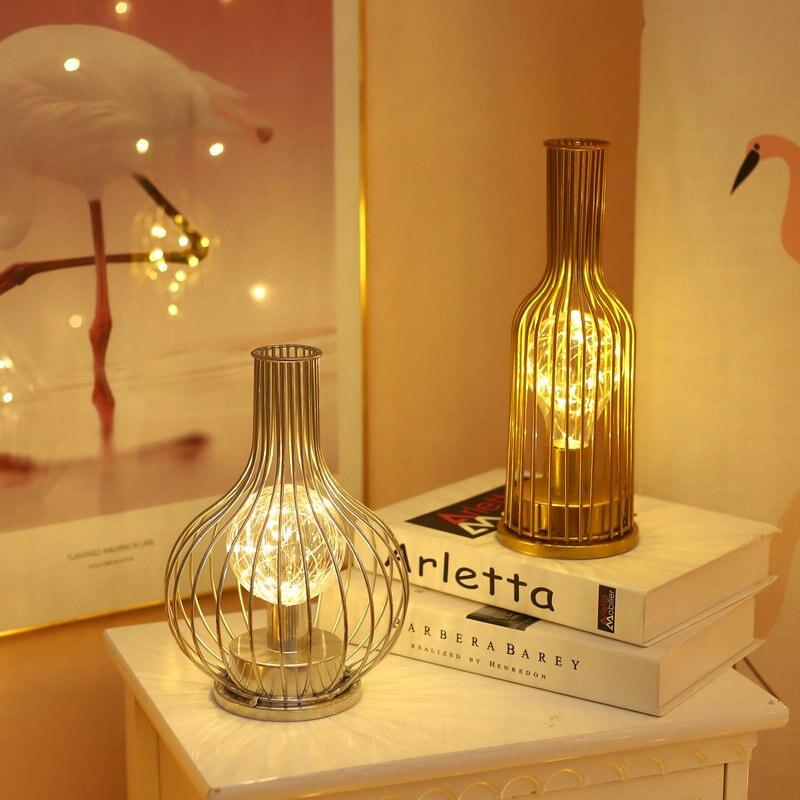 مصباح زخرفي من الحديد على شكل زجاجة نبيذ على الطراز الاسكندنافي ، مصباح زخرفي بسيط للمنزل والمكتب ، أضواء دافئة ، إكسسوارات صور ذهبية وفضية