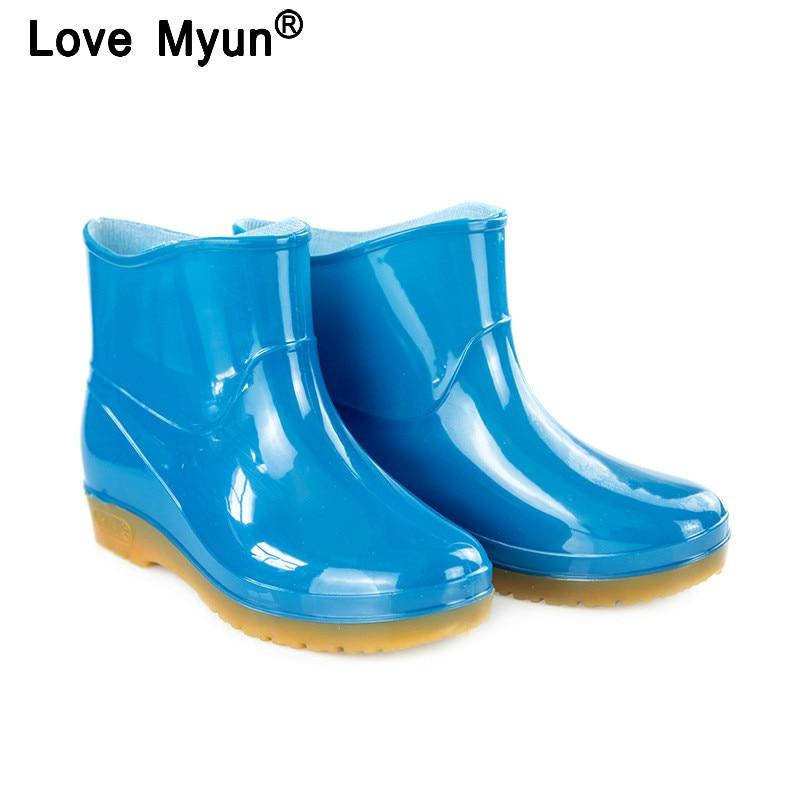 Nuevas Botas de lluvia de ocio para mujer, zapatos de punta redonda de tacón bajo, Botas de lluvia de tubo medio impermeables, zapatos para mujer ghn56