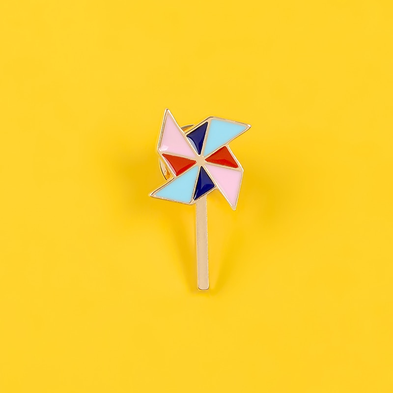 Molino de viento de dibujos animados esmalte pin triángulo colorido insignias lindos broches infantiles para niña chaquetas con solapa pin moda joyería regalos