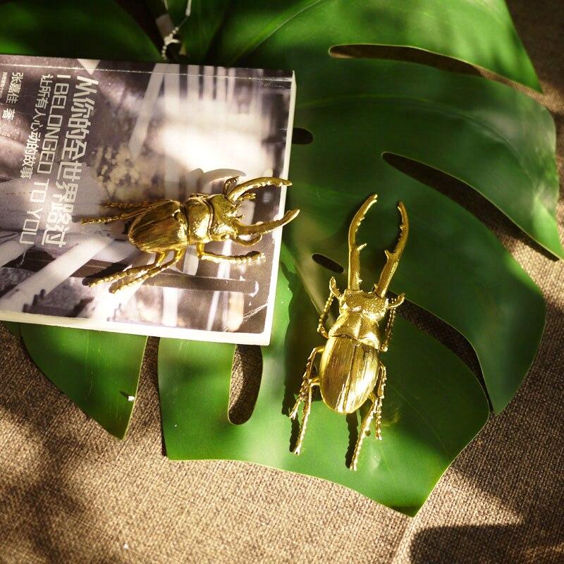 Modelo de Simulação do Vintage Moderno Ouro Metal Inseto Ornamentos Artesanal Casa Sala Estar Decoração Criativo Besouro Arte Estátua