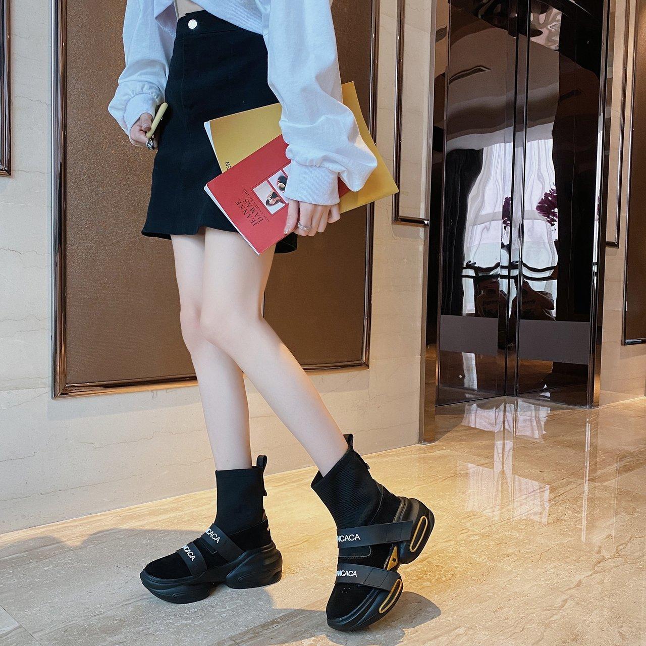 Women Shoes Slip On Women Sneakers 2021 hot Women Vulcanize Shoes Basket Femme Sock Shoes Women Flat