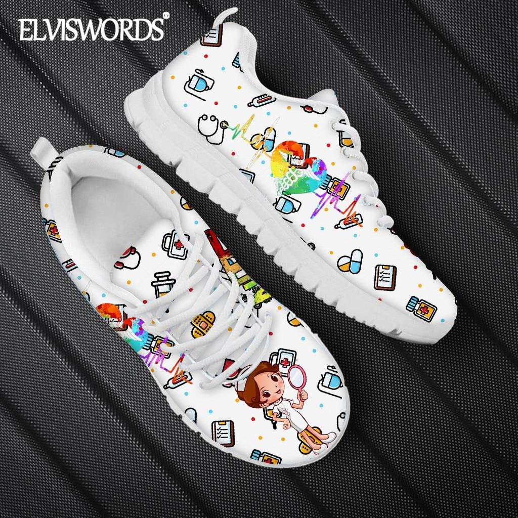 ELVISWORDS Kawaii ممرضة طباعة المرأة حذاء مسطح غير رسمي الصحة الإسعاف تصميم حذاء رياضي 2021 تنفس أحذية التنس Mujer