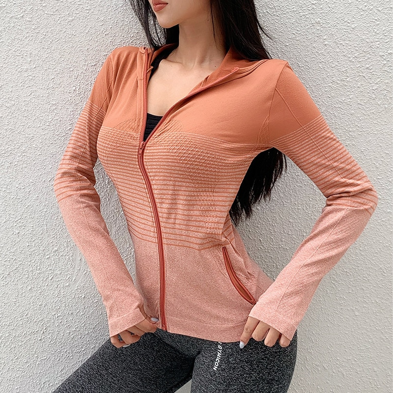 Autumn and winter new sports Yoga coat women's hooded zipper fitness suit top slim running sports co