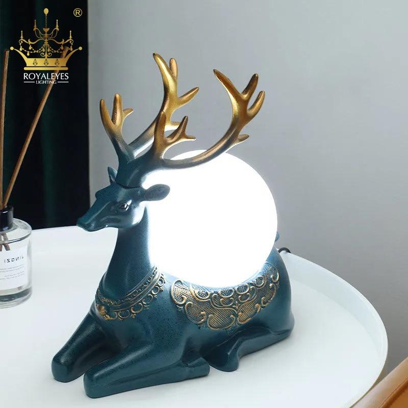 Modern Resin Glass Elk Table Lamp Nordic Night Light Retro Deer Living Room Bedroom Bedside Desk Christmas Gifts