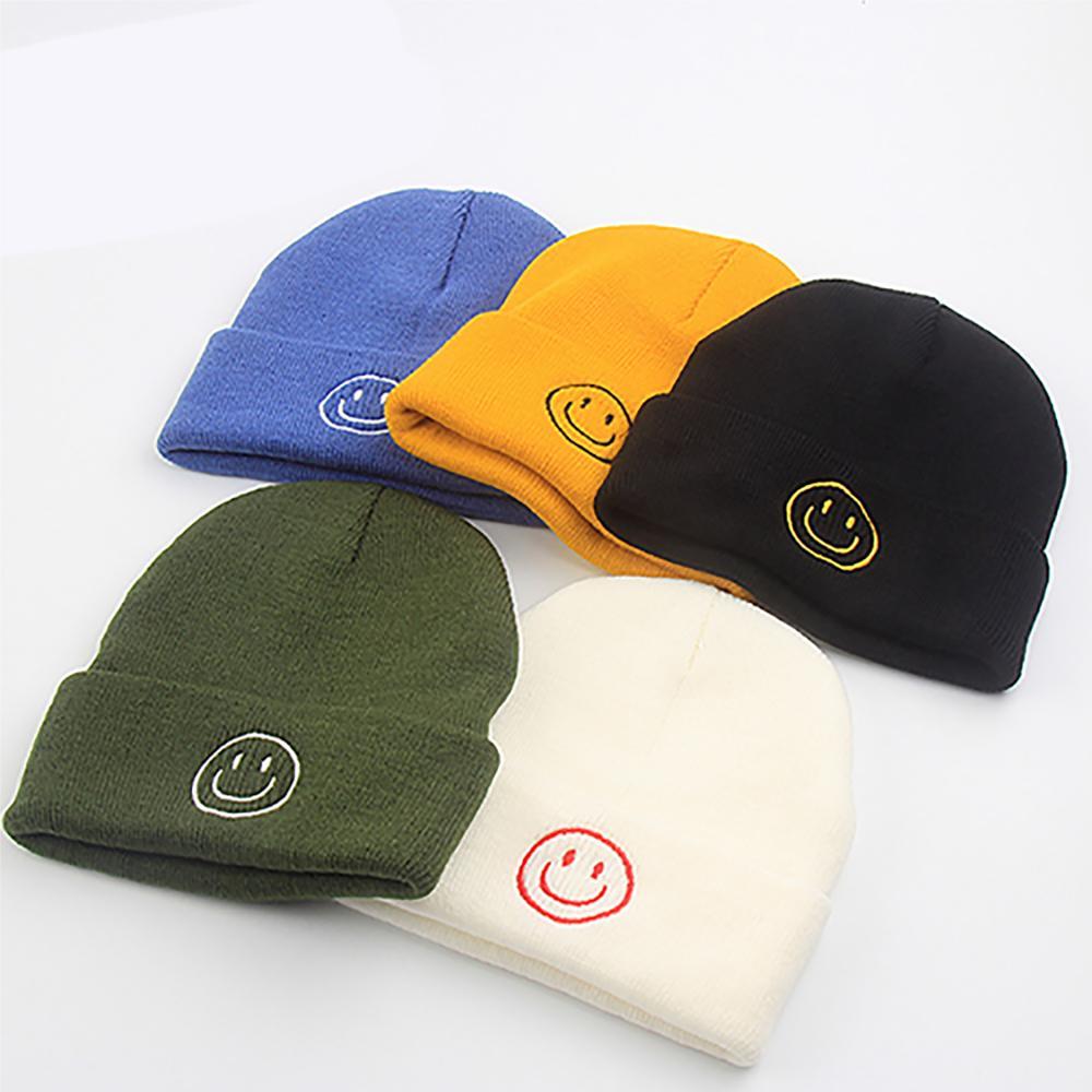 Новинка, вязаные женские шапки со смайликом, головные уборы, облегающие шапки, женская вязаная шапка, женская шапка для девушек, головные уб...