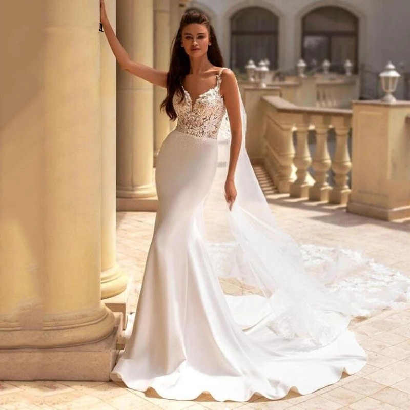 Promo ChuYu 2021 Detachable Train Spaghetti Straps Satin Lace Bridal Gowns V-neck  Backless On Sale Wedding Dress Formal Occasion
