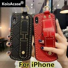 Koisacase moda portátil caso de telefone de couro para o iphone xr x xs max 6s 7 8 plus caso curvo faixa de pulso capa protetora