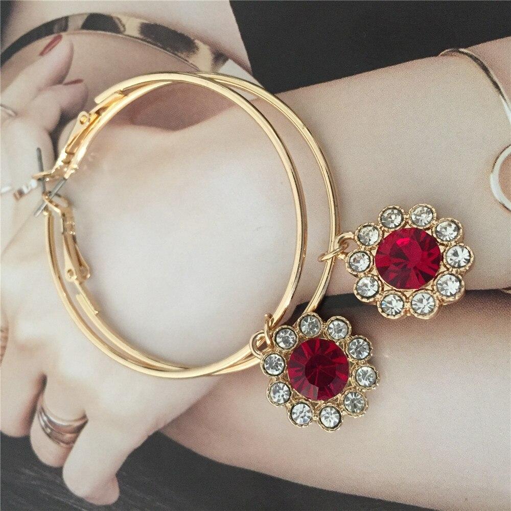 Pendientes de aro adorables chapados en Color dorado con piedra roja clara decorada, joyería elegante Bohemia para fiesta de mujer