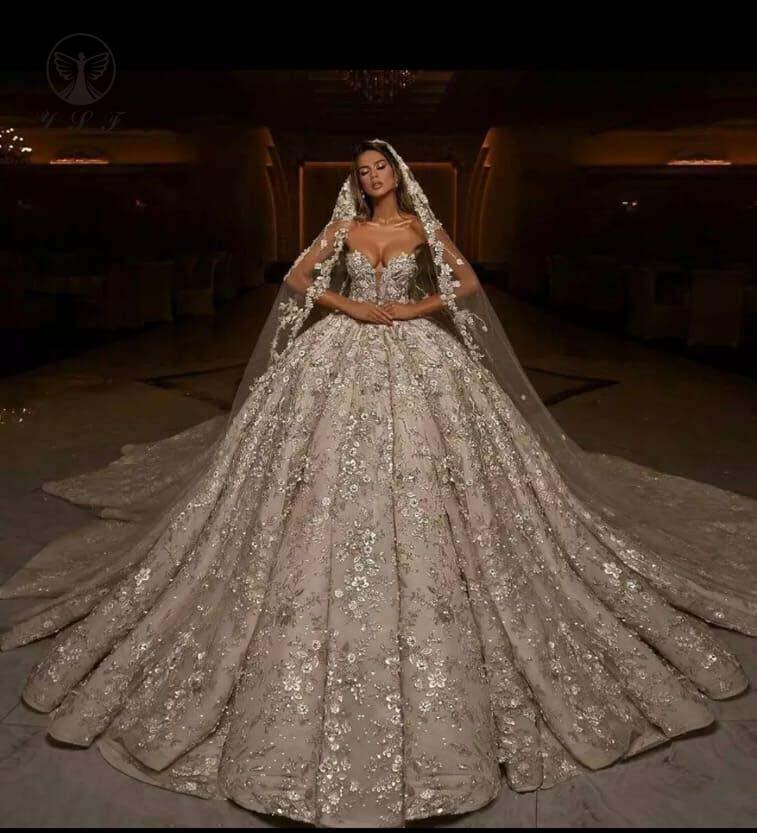 فستان زفاف دانتيل فاخر ، أكتاف عارية ، بلا أكمام ، زهور ثلاثية الأبعاد ، ثوب كرة ، مجموعة 2021