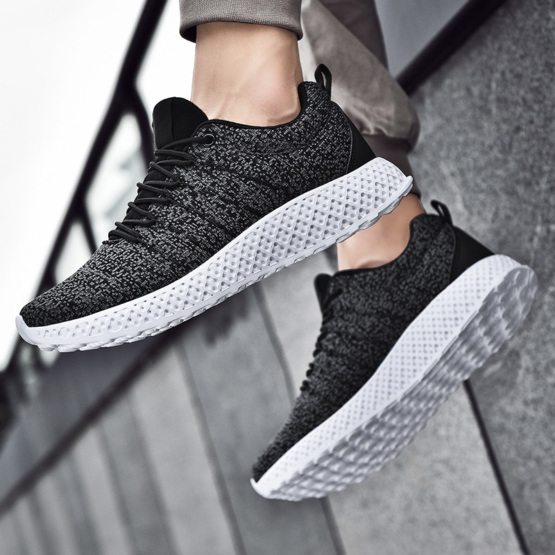 Lightweight Running Shoes Men Brand Rubber Platform Zapatillas Hombre Sports Shoes For Male Trainers Jogging Sneakers Summer
