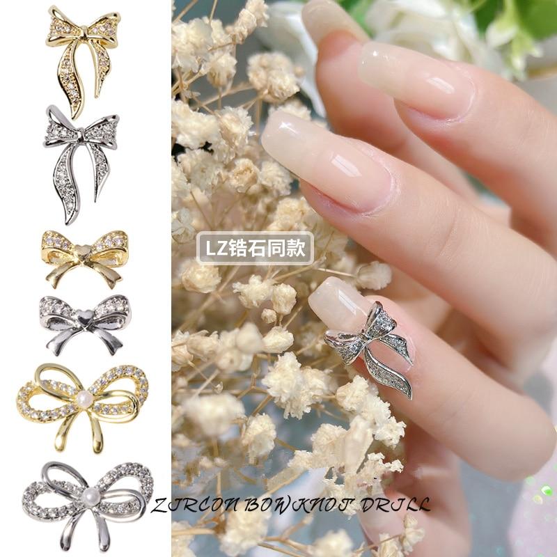 10 stücke Bowknot Charme Zirkon Legierung 3D Nail art Dekorationen Luxus Shiny Kristall Anhänger Schmuck Maniküre Design Zubehör