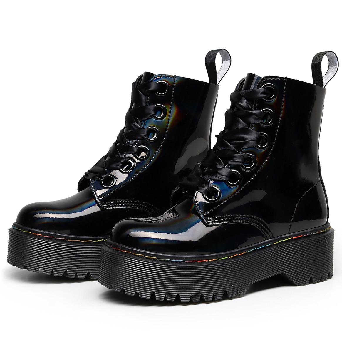 النساء حذاء من الجلد 2021 الشتاء أحذية السيدات الكعوب أحذية منصة الثلوج الإناث مكتنزة مشرق الجلود كعب مسطح الجوارب بوتاس موهير