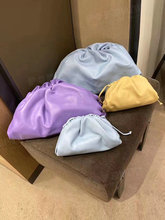 NEW Retro Genuine Soft Leather Women Cloud Bag New Handbag Fashion Hand Purse Clutch Bag Dumpling Shoulder Bag Female