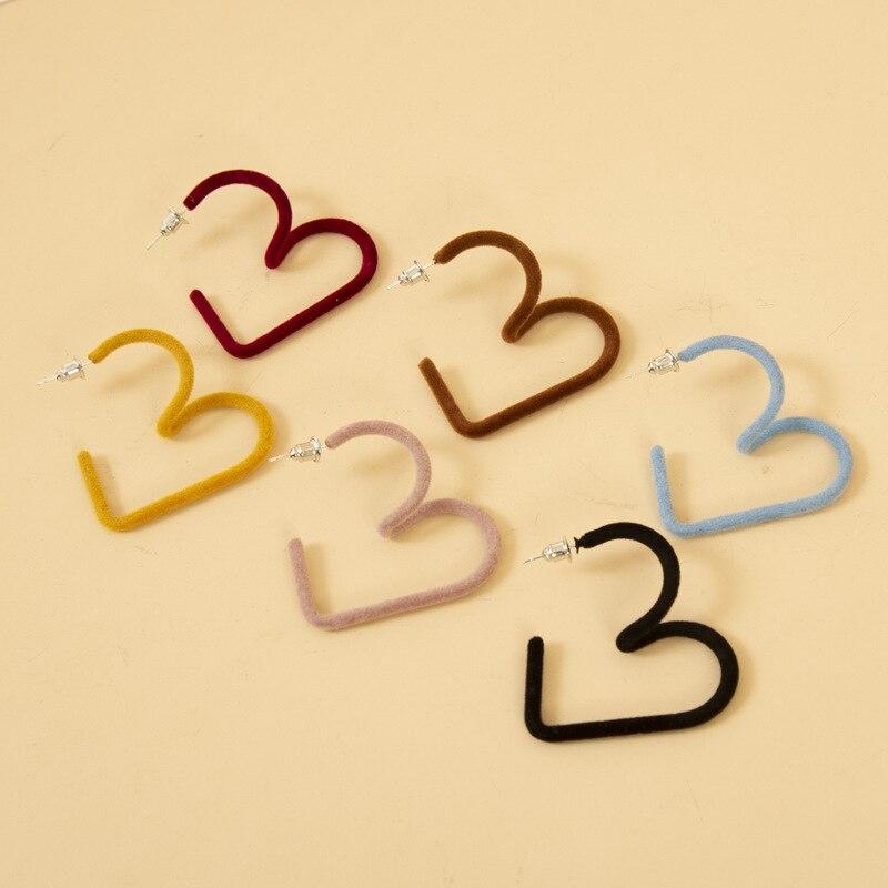 New Simple Design Hollow Heart Geometric Earrings For Autumn Winter Women Trendy Fashion Cute Red Yellow Black Drop Earrings