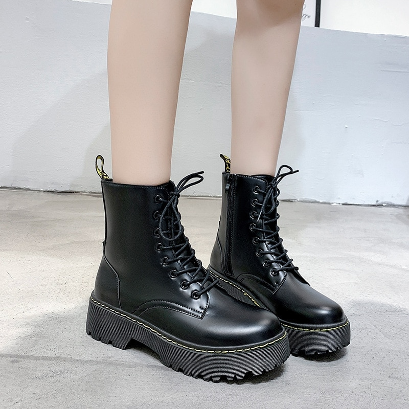 motorcycle platform boots women wedge shoes autumn winter fur fashion round toe lace up suede leather boots ladies shoes Women Chunky Motorcycle Boots 2021 Autumn Winter Fashion Round Toe Lace-up Combat Boots Ladies Shoes Platform Boots Botas Mujers